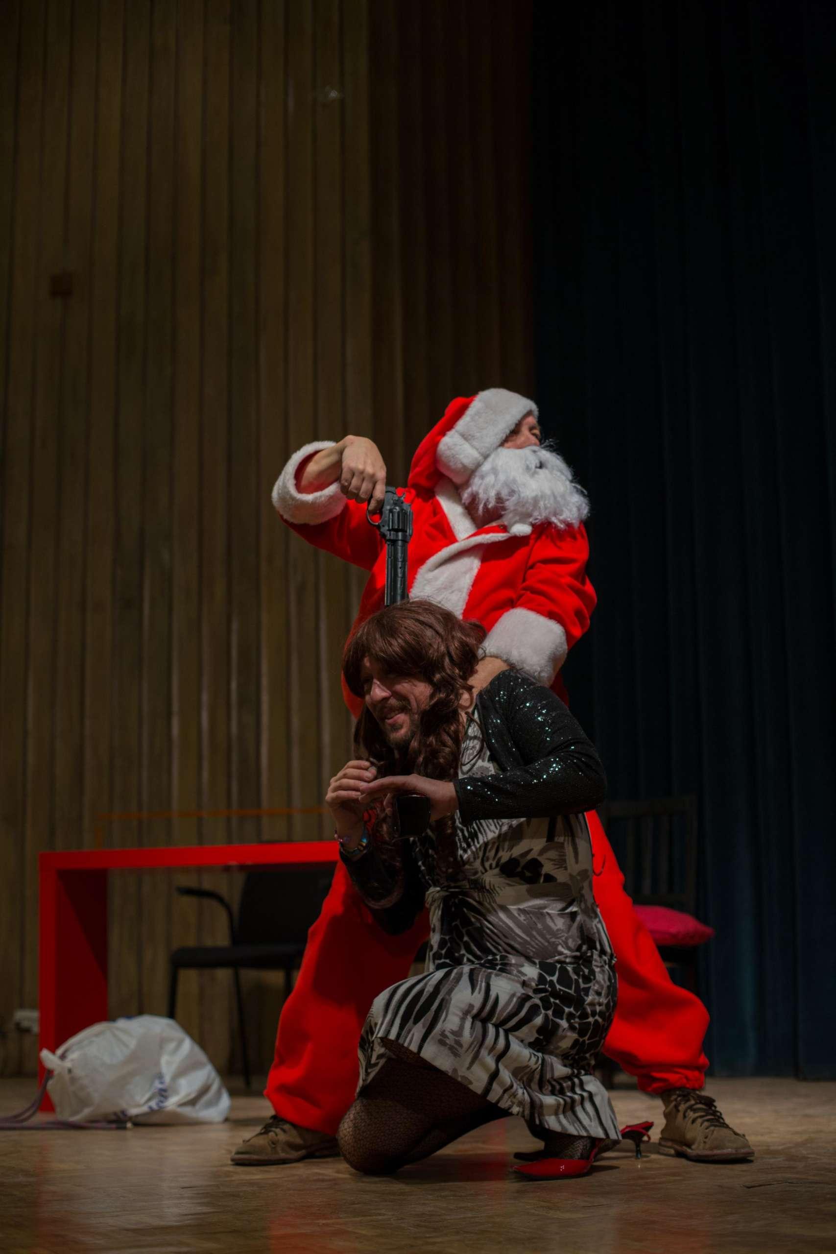 Papa Noel es una mierda de Los Goliardos