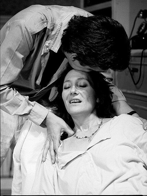A puerta cerrada- Jean Genet- Angel Facio- Los Goliardos 1989